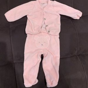 Other - Adorable pink newborn outfit